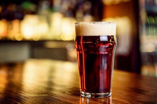 Foto Mejor cerveza negra que rubia para no engordar