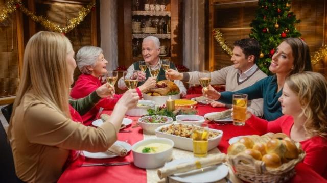 Ahorra tiempo, dinero y calorías en las comidas y cenas navideñas