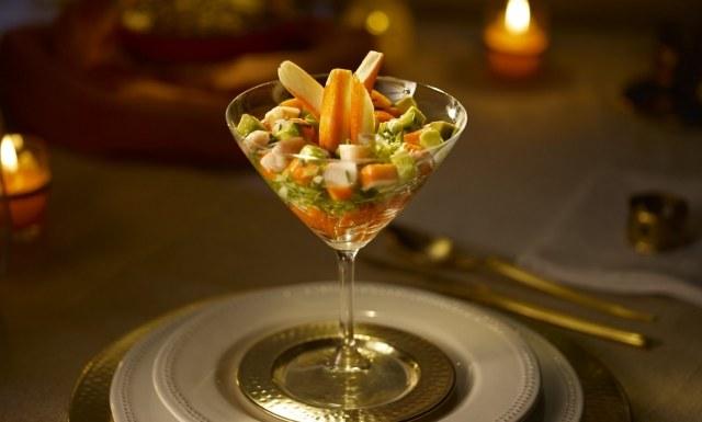 Foto Ahorra calorías en un cóctel de marisco utilizando una vinagreta en lugar de mayonesa o salsa rosa