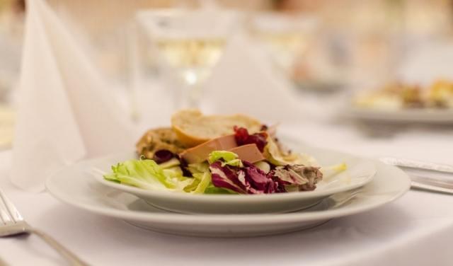 Foto Las ensaladas son siempre un acompañamiento perfecto para aligerar platos de carne