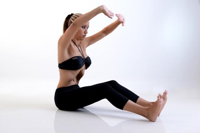 Foto Los abdominales hipopresivos, los más eficaces para reducir cintura y lucir vientre plano