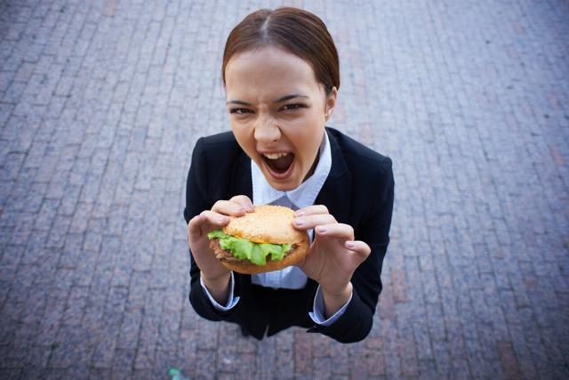 Foto La comida rápida puede ser adictiva