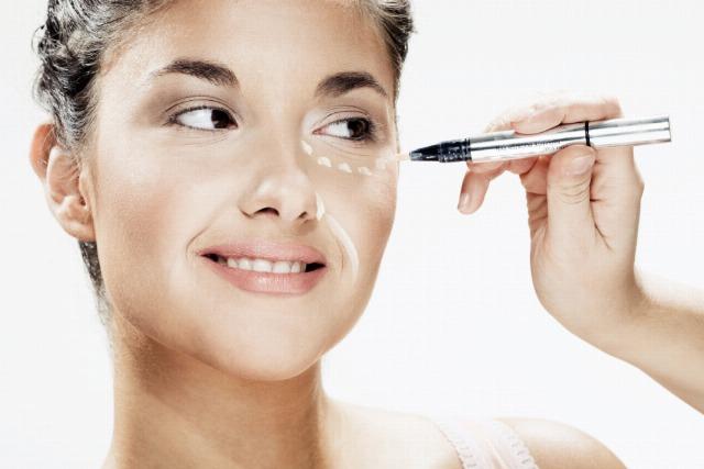Foto El iluminador, un cosmético esencial para un maquillaje perfecto
