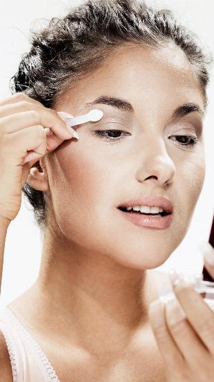 Foto Los secretos de un maquillaje rápido y natural