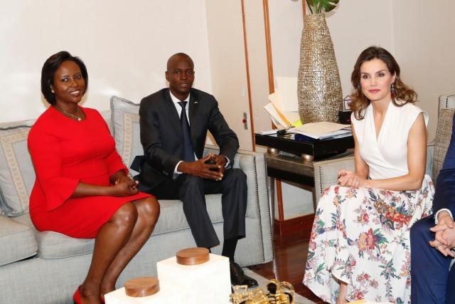 Foto La reina Letizia durante su encuentro con el Presidente de Haití y la Primera Dama