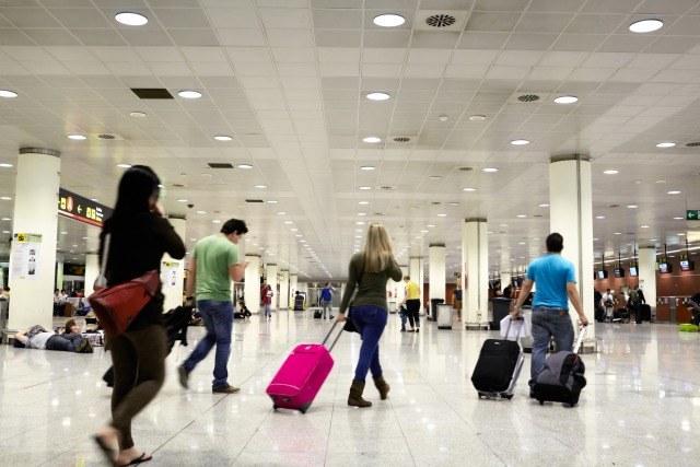 Foto Trucos para viajar en avión más barato: cómo engañar a las aerolíneas low cost con el equipaje