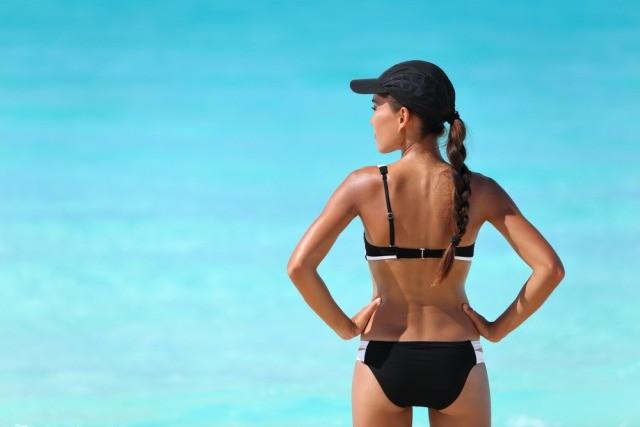 Foto Los mejores ejercicios para tonificar los glúteos en la playa
