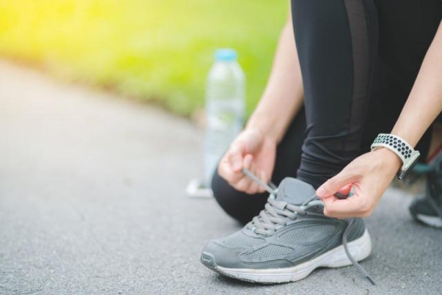 Foto Un equipamiento adecuado y especialmente unas buenas zapatillas, indispensables a la hora de hacer deporte