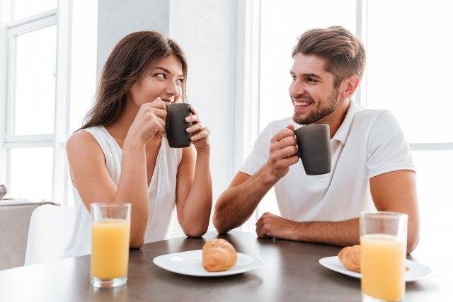 Foto Desayunar en compañía es más saludable que hacerlo solo