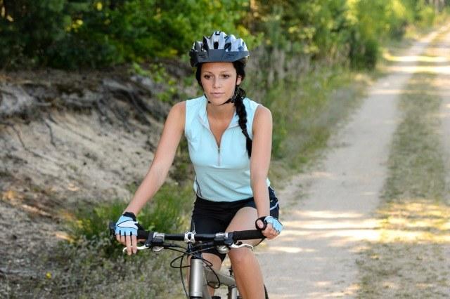 Foto La rodilla es una de las articulaciones que más sufre en el ciclismo