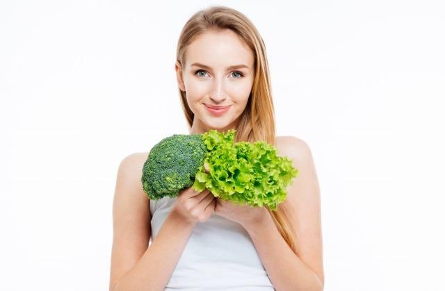 Foto Los vegetales de hoja verde protegen la salud de los ojos