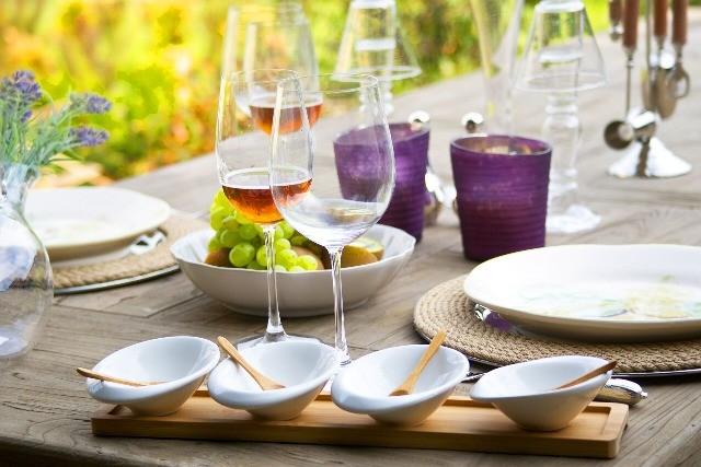 Foto El vino, el aceite de oliva virgen extra, el café y las nueces, la fórmula para prevenir el ictus