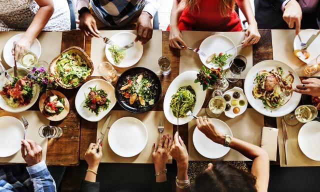 Foto Qué pedir en la cena de empresa si estás a dieta y no quieres privarte de nada