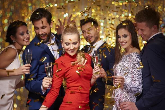 Foto El champán no puede faltar en la fiesta de Nochevieja