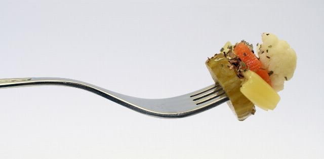 Foto Los cubiertos que debes usar al consumir verduras