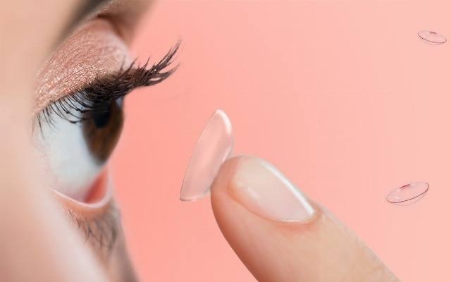Foto Cómo maquillar los ojos cuando se llevan lentillas