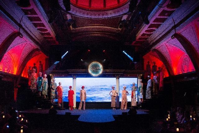Foto El interior del Teatro Gran Maestre se convirtió en un auténtico trasatlántico de lujo de época