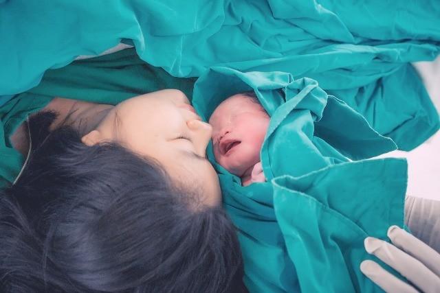 Foto Los hijos de madres con coronavirus parecen tener un mayor riesgo de problemas neonatales