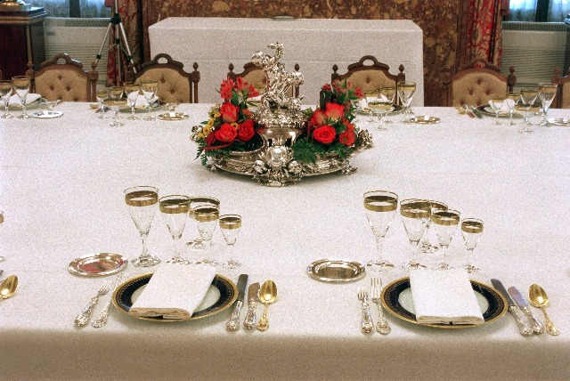 Foto En la mesa existen normas para ser correcto y elegante