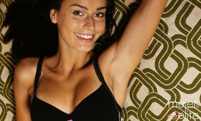 Foto Escote y aumento de mamas