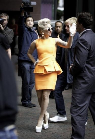 Foto Lady Gaga es la reina de los tacones altos