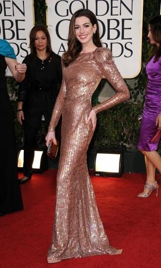Foto Anne Hathaway ha cambiado radicalmente de look